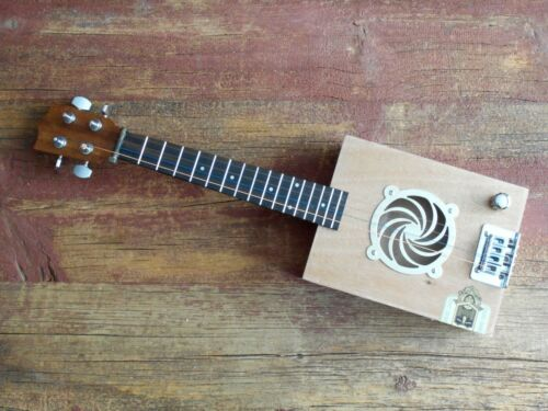 4 STRING ELECTRIC CIGAR BOX GUITAR / UKULELE