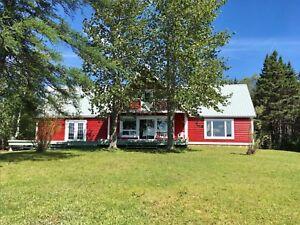 Cabin for sale on Maccles Lake.       www.0maccleslake.ca
