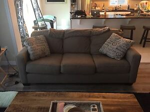 Like new couch Kitchener / Waterloo Kitchener Area image 1