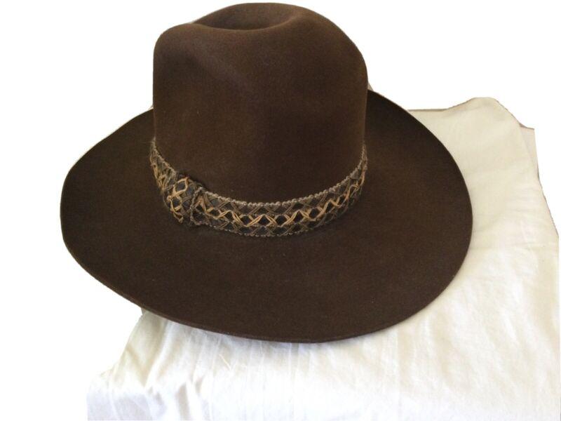 Resistol Cowboy Hat.   Mens.  Size 7. Brown.