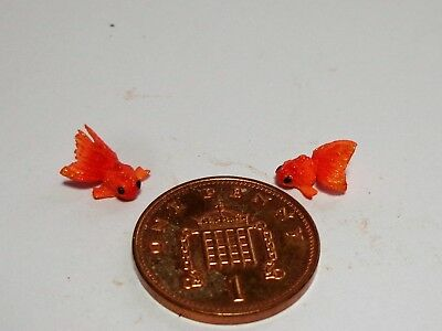 1:12 Scale 2 Chinese Goldfish For A Dolls House Miniature Garden Pond