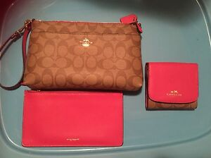 Coach wristlet purse and wallet