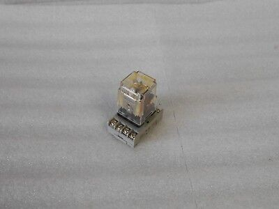 Square D General Purpose Relay, 8501-KP12V20, Ser. D, w/Base, Used, WARRANTY