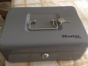 BRAND NEW MASTER LOCK CASH BOX FOR SALE