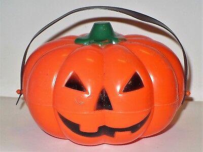 Halloween Treat Containers (VINTAGE HALLOWEEN HARD PLASTIC JACK-O-LANTERN TREAT CONTAINER)