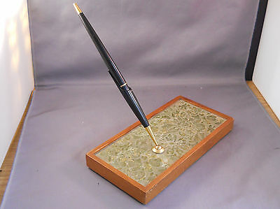 Parker Walnut with vinyl insert  45 Cartridge Pen Desk Set