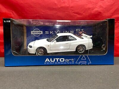 AUTOart 1999 Nissan Skyline R34 GT-R White 1:18 Scale Diecast Model NEW