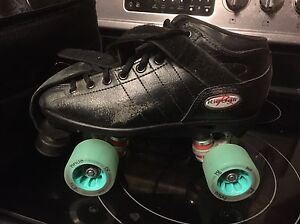 Roller derby fresh meat size 8