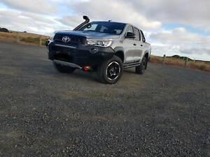 Hilux rugged x 2018 auto
