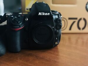 Nikon D700 with Nikon MB-D10 battery grip