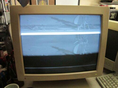 VINTAGE 1989 APPLE MAC TWO-PAGE MONOCHROME DISPLAY RECAPPED NEEDS FLYBACK TRNSFM