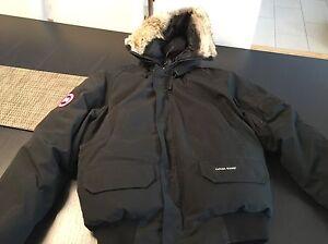 Canada Goose Chilliwack Bomber Men's black coat size Medium