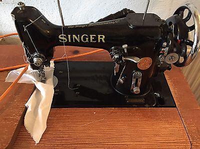 Original Singer Nähmaschine Antik mit Unterschrank-Vintage