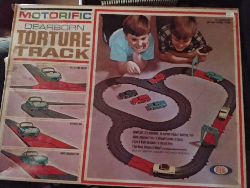 Ideal Motorific Dearborn Torture Track Cadillac & Motor Chassis + Bonus 8 Piece