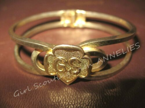 1960-63 Girl Scout GOLD PLATE Hinged Clamper BRACELET CHRISTMAS Leader GIFT, EUC