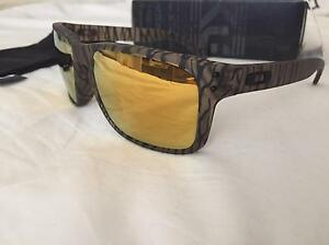 Oakley Holbrook Rare version Willetton Canning Area Preview