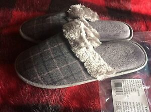 POP OF PLAID MEMORY FOAM SLIPPERS - NEW