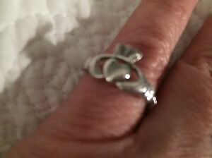Sterling silver CLADDAGH Scottish ring