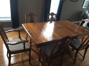 Antique wood table with drop leaf
