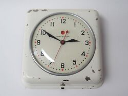 Vintage GE General Electric Red Dot Kitchen Wall Clock Model 2H08 - Works!