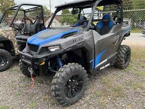2019 Polaris Industries GENERAL 1000DLX