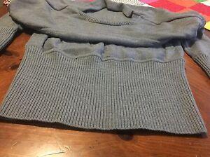 VVEUC Lululemon Sattva sweater size 2 Edmonton Edmonton Area image 3