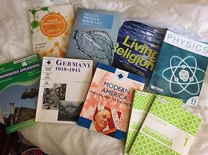 CHEAP YEAR 11 TEXTBOOKS: MATHS APP HISTORY PHYSICS HUMAN BIOLOGY Huntingdale Gosnells Area Preview