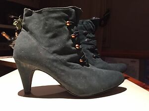 Suede vintage heels  Oakville / Halton Region Toronto (GTA) image 1