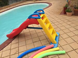 GONE PENDING PICKUP Free Pool Toys and slide Connolly Joondalup Area Preview