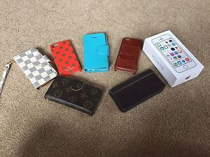 IPhone 5s 32gb used with great condition and 6 nice cases Oakville / Halton Region Toronto (GTA) image 4