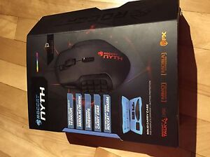 Neuf. Souris modulaire roccat nyth.