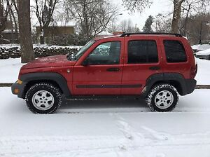 2006 JEEP LIBERTY ** Mint Condition 4X4 ** Démarreur