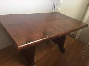 Dining table Rooty Hill Blacktown Area Preview