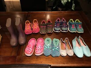 Girls shoes sneakers slippers boots size 12 to 1 sold as lot