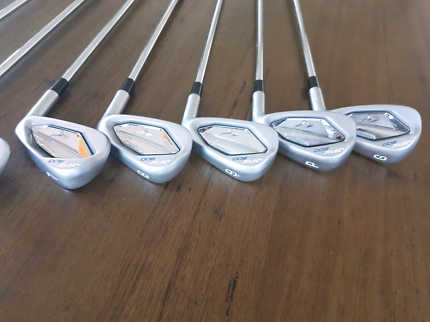 Mizuno JPX 900 forged irons 4-9PG