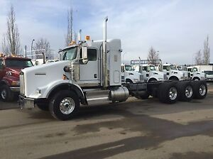 BRAND NEW 2015 Kenworth T-800 TRI DRIVE....HUGE SAVINGS!!!!!!