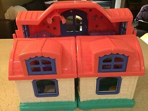 Little people house London Ontario image 2