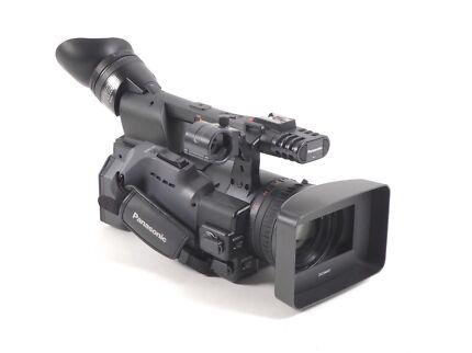 Panasonic AG-HMC152 professional camcorder