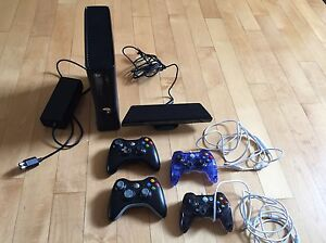 Xbox 360 with 4 Controllers
