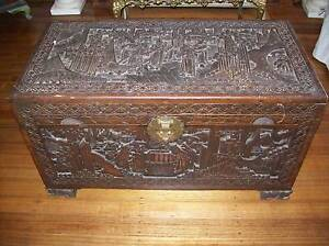 RARE ANTIQUE LIONS FEET LARGE CAMPHOR WOOD CHEST OR COFFEE TABLE Reservoir Darebin Area Preview