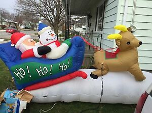 Huge SANTA'S SLEIGH Inflatable Christmas decoration