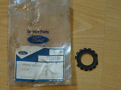 Genuine Ford 95FB 5A880 AA fasting clip
