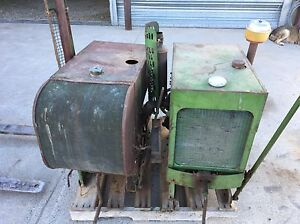 Antique John Deere LUC stationary engine.