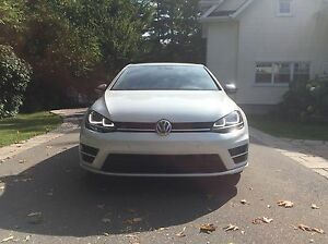 2016 Volkswagen Golf R DSG + TECH Pearl White