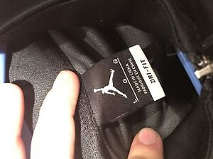 Jordan sweater like new  Windsor Region Ontario image 2