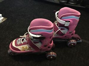Disney Princess roller skate
