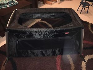 Phil & Teds Travel Play Pen