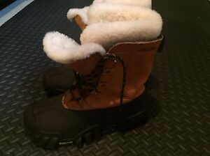 Helly Hansen Sasquatch Winter Boots 8.5