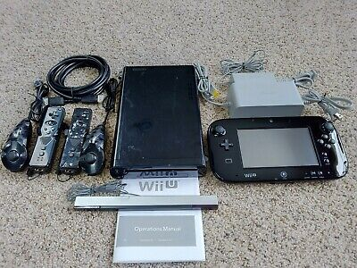 Nintendo Wii U 32GB Console w/Accessories  Model: WUP-101(02)