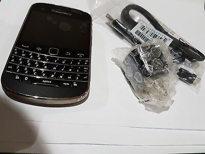 BlackBerry Bold 9900 A+++ Unlocked GSM like NEW